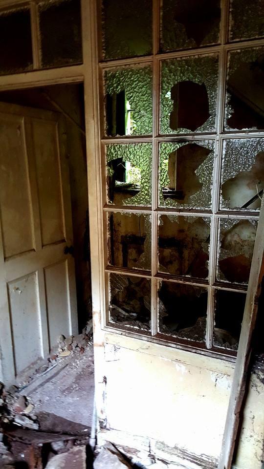 Derelict Windgate Farm, Co. Wicklow, Ireland – Derelict World Photography - Lainey Quinn