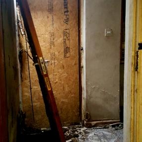Abandoned House, Enniskerry (Ireland) - Derelict World Photography - Lainey Quinn