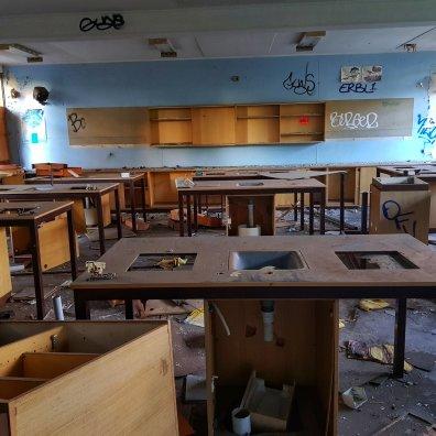 Macquarie Boys' Technology High School (Parramatta, Sydney) – Derelict World Photography - Lainey Quinn